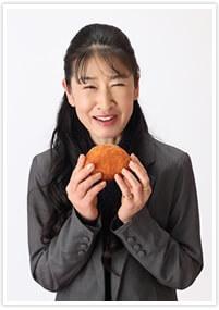カレーパンタジスタ佐藤絵里さん(元CA)おすすめのおいしいカレーパン【マツコの知らない世界】